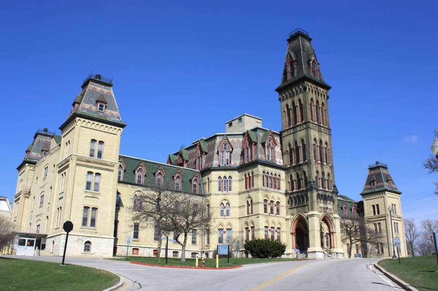 Old Main, courtesy: Megan Daniels, Milwaukee Preservation Alliance.